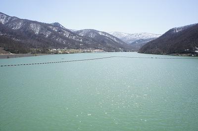 堤体からみたオタルナイ湖