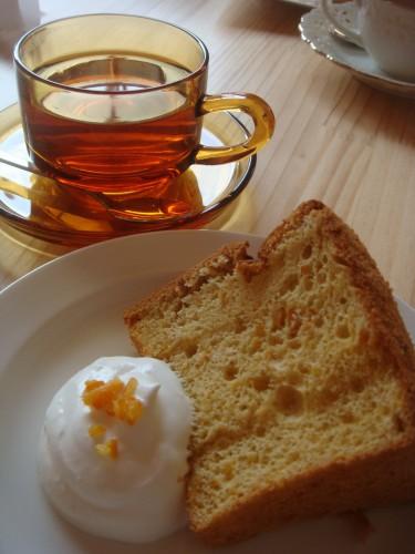 紅茶とシフォン
